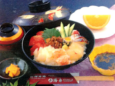 ウニ海鮮丼